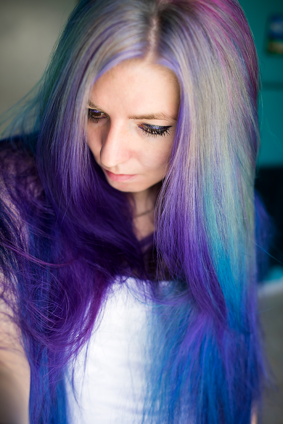 Pravana Silver Hair With Violet And Blue Dye