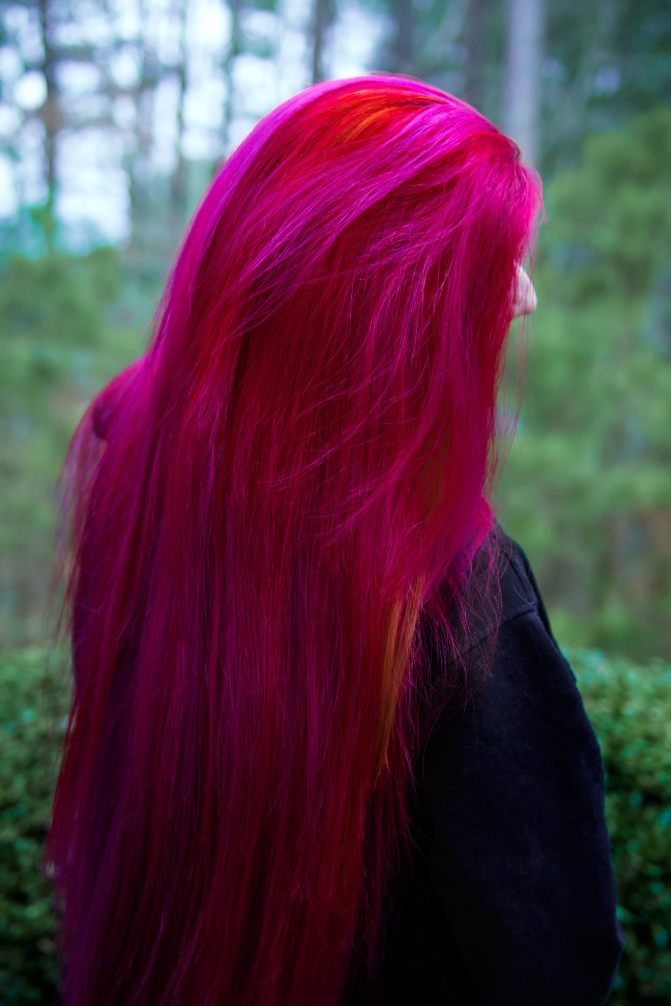 Red And Pink Bedroom: Rainbow Hair & Multi-Colored Hair
